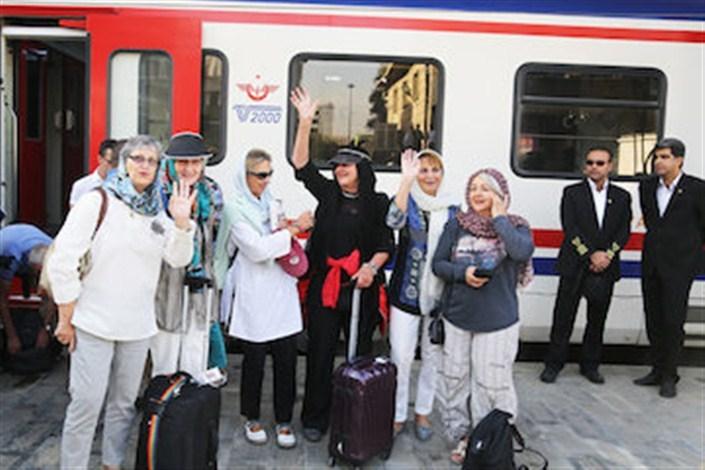 قطار گردشگری با تحریم نمی ایستد